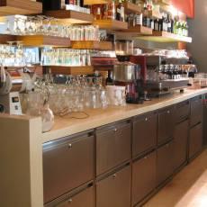 Emporio Cafe Smíchov - zadní bar
